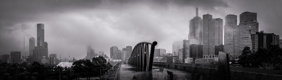 melbourne-grey-winter-morning-panorama-cold-loking-over-walk-bridge-towards-city-centre-lots-clouds-56378172